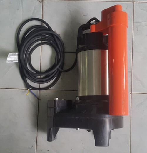 Cách chọn máy bơm hồ cá Koi chất lượng