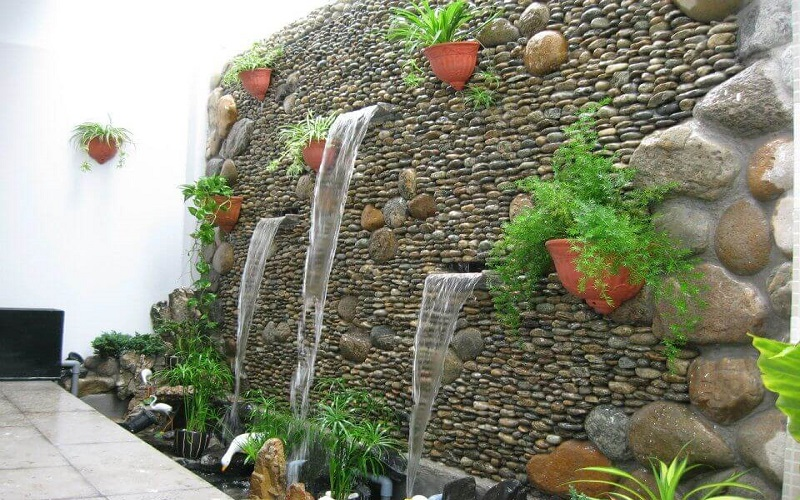 Cách làm hòn non bộ mini có thác nước trên tường nhà